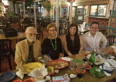 Cena puertorriqueña durante la Convención APA